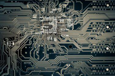 中国最大の国営大手半導体企業が破産、総資産5兆1000億円、スマホ用LTE世界3位の【Unisoc】  [422186189]