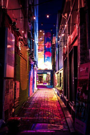 テレビ局「若者の声を聴いてきました」→渋谷センター街 「サラリーマンの反応です」→新橋 「高齢者は…」→巣鴨←は?